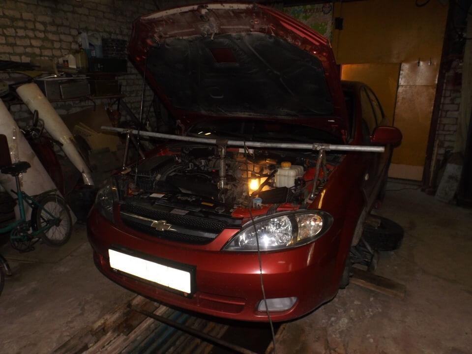 вывешивание двигателя на лачетти