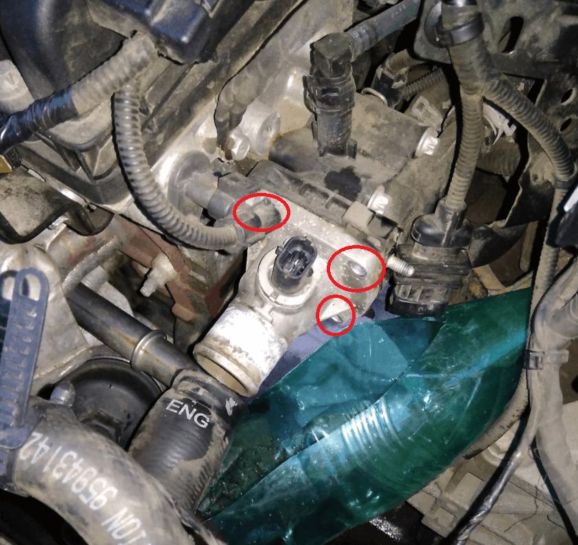 Замена термостата Chevrolet Aveo T300 - mychevi.ru